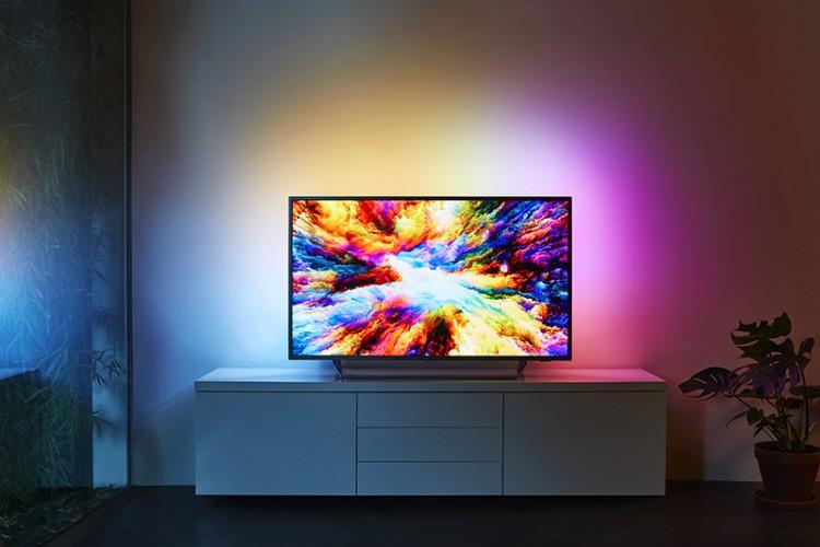 Philips lansează în România modelul 7303, un televizor accesibil cu funcții premium
